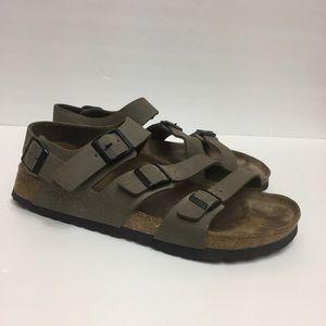 Birkenstock Birkis 3 Strap Sandals. Size 9